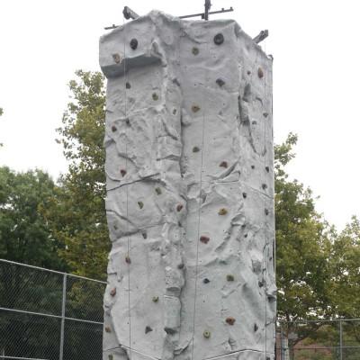 Hydraulic Rock Wall